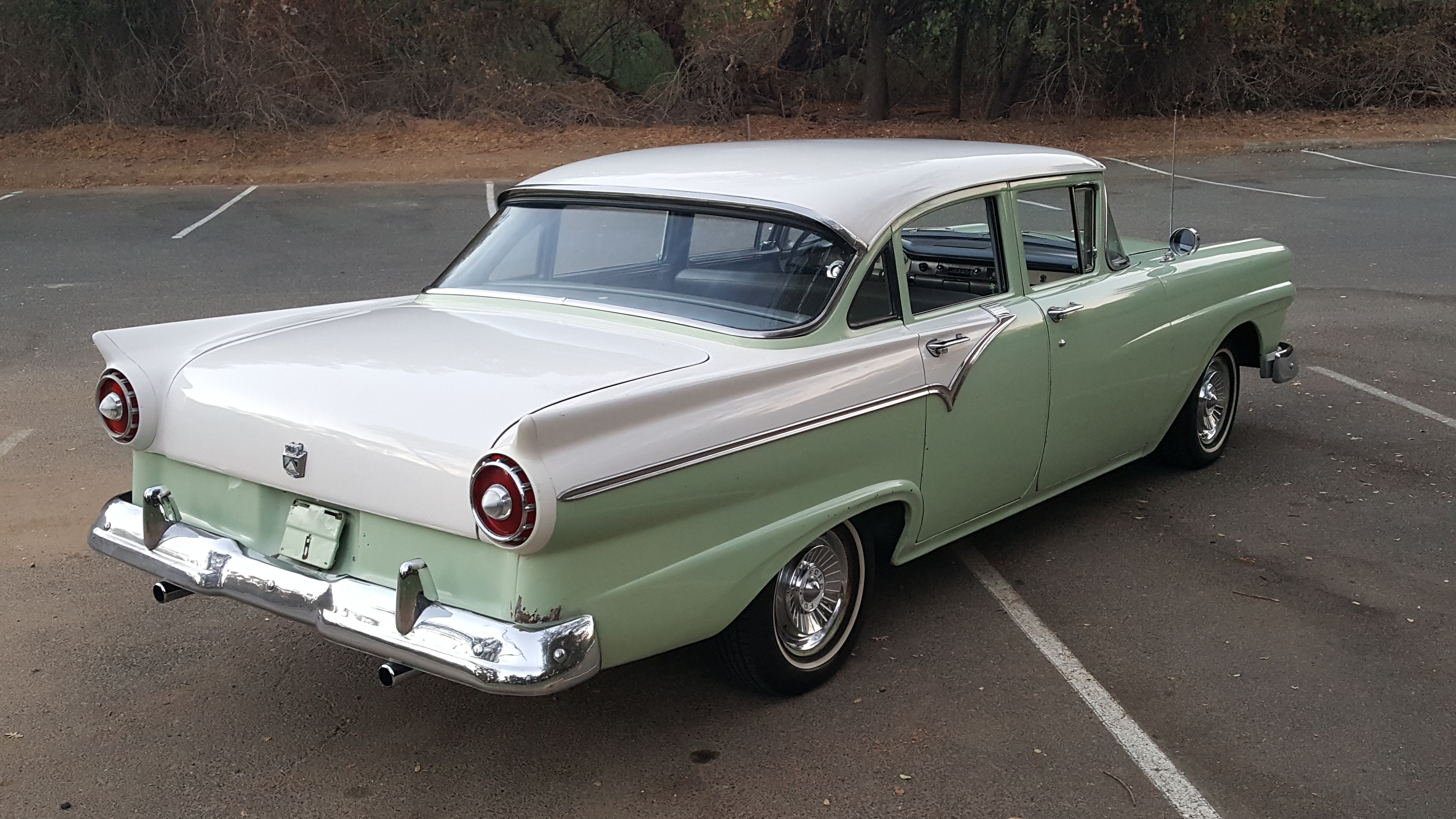 Ford Factory 5 >> 1957 Ford Fairlane ***SOLD*** – Southern Cross US Importers